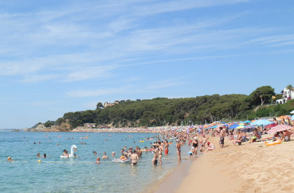 Lloret de Mar Fenals Beach to South